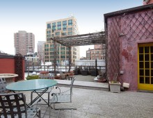 "<strong>80 Warren Street PH      <span style=""color: #449967;"">$2,995,000</span> <span style=""color: #ff0000;"">Open House By Appt. Only</span></strong><br />"