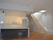 <strong>146 Reade St. #3/4</strong>