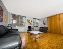 <strong>303 Greenwich St. #7E</strong>