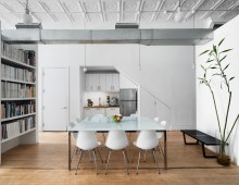 <strong>102 Franklin St.<br> <br></strong>